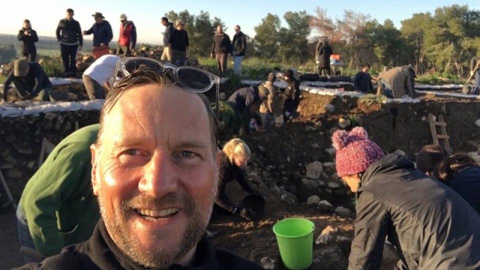 Mr de Bres joins Macquarie University's Khirbet el-Rai excavation